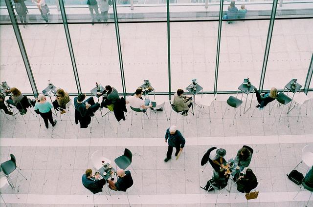 Umowa o pracę na czas nieokreślony - wady i zalety